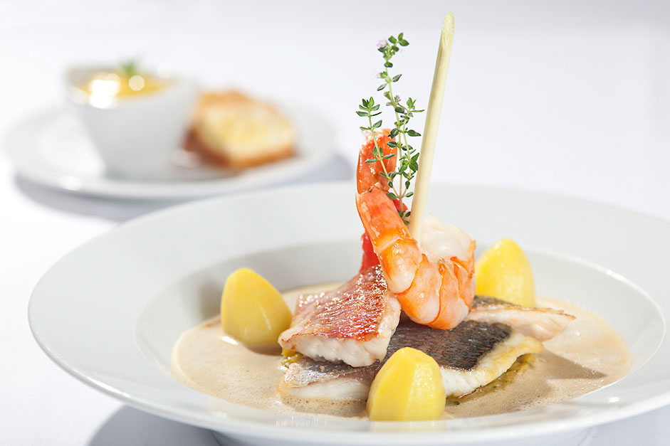 Bouillabaisse marsaillaises from the restaurant oliv in basel.