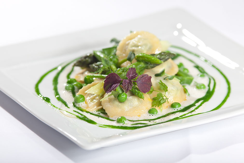 Spring ravioli with wild-garlic from the restaurant oliv in basel.